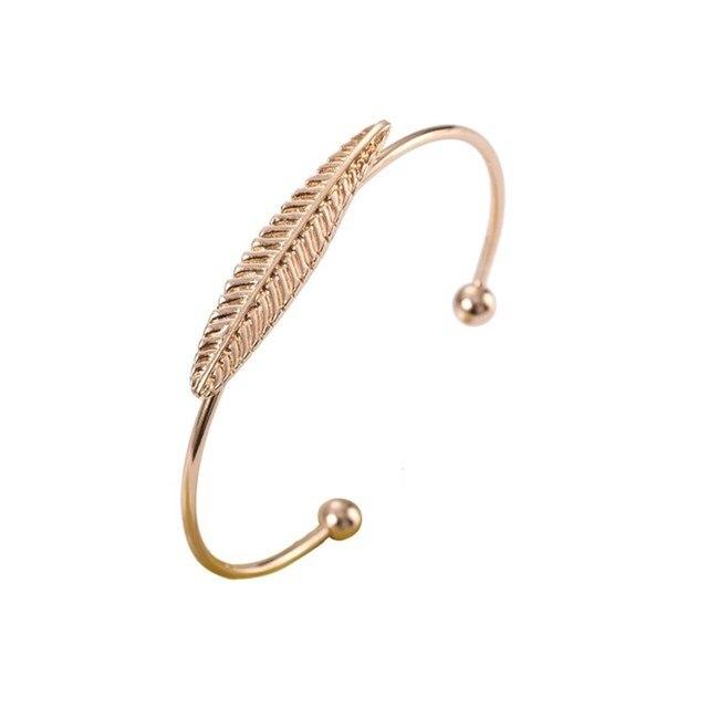 L014 Leaf Charms Bracelet...
