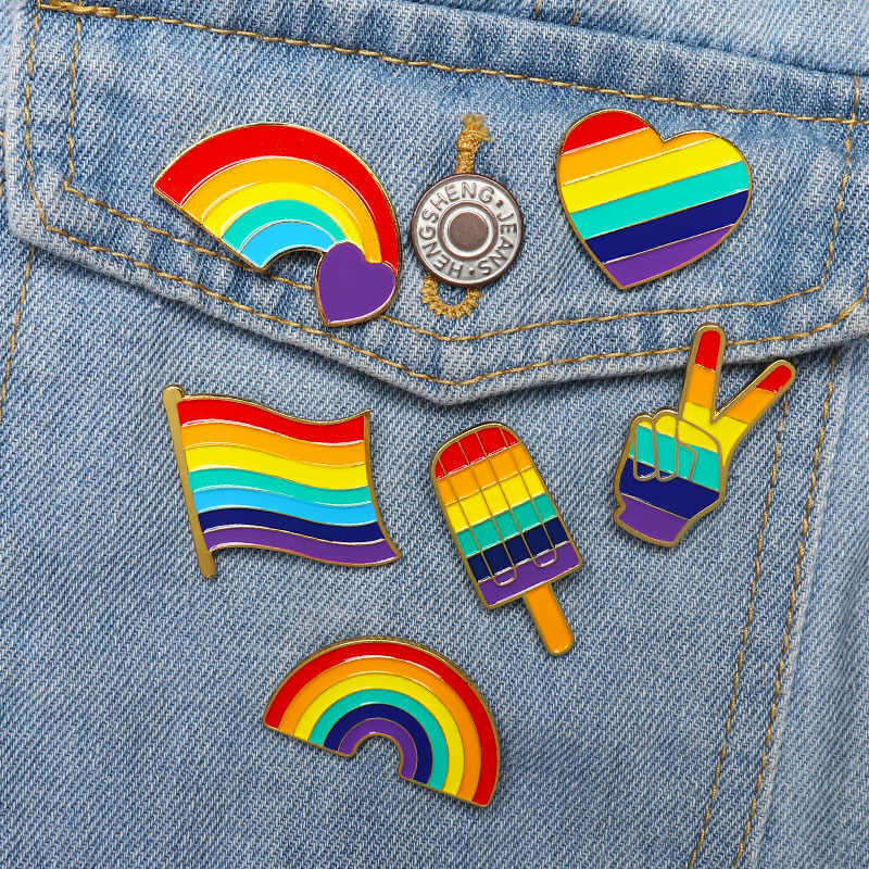 LGBT Design Rainbow Pins Brooch Creative Heart Finger Flag Rainbow Metal Pin Gay Lesbian Pride Badge Lapel Pin Jewelry Gift