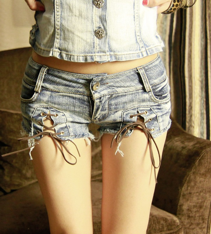 2018 Fashion Brand Vintage Zippers Skinny Sexy Girl Low Waisted Shorts Jeans Women Denim Mini Hot Female Short Pants in Shorts from Women 39 s Clothing