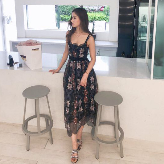 2019 spring and summer new chiffon dress Bali beach beach holiday belt long