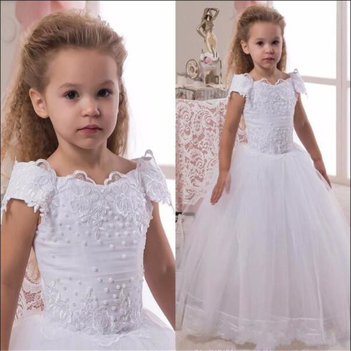 2019 White Lace Tulle Flower Girl Dress with Beading Appliques Holy First Communion Gown Children Pageant Gowns Short Sleeves