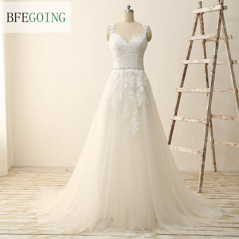 White Tulle Lace A line Wedding dress Sweep Train V Neck Spaghetti Straps Sleeveless Bridal Gowns