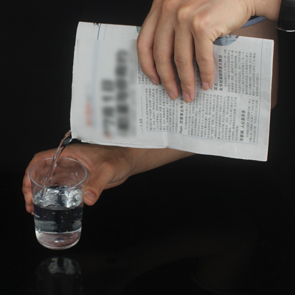 1Pc Drink Water Newspaper Close-Up Newspapers Hidden Water Magic Tricks Props Classic Toys Funny Novelty Halloween Party
