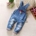 Бесплатная доставка 2017 новая коллекция весна дети нагрудник Ребенка мальчики джинсовые брюки, дети детский комбинезон