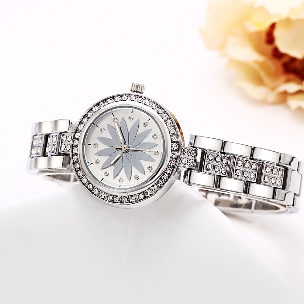 New arrival Elegant Wrist Watches for Women Luxury Quartz Crystal Dial Alloy Bracelet Wholesale price free drop shipping 5