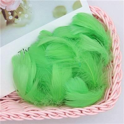 Разноцветные, 100 шт, гусиные перья, 8-12 см, гусиные перья, сценический шлейф, перья, промытый гусиный пух, пушистый шлейф для свадьбы, 3-4 дюйма - Цвет: fruit green