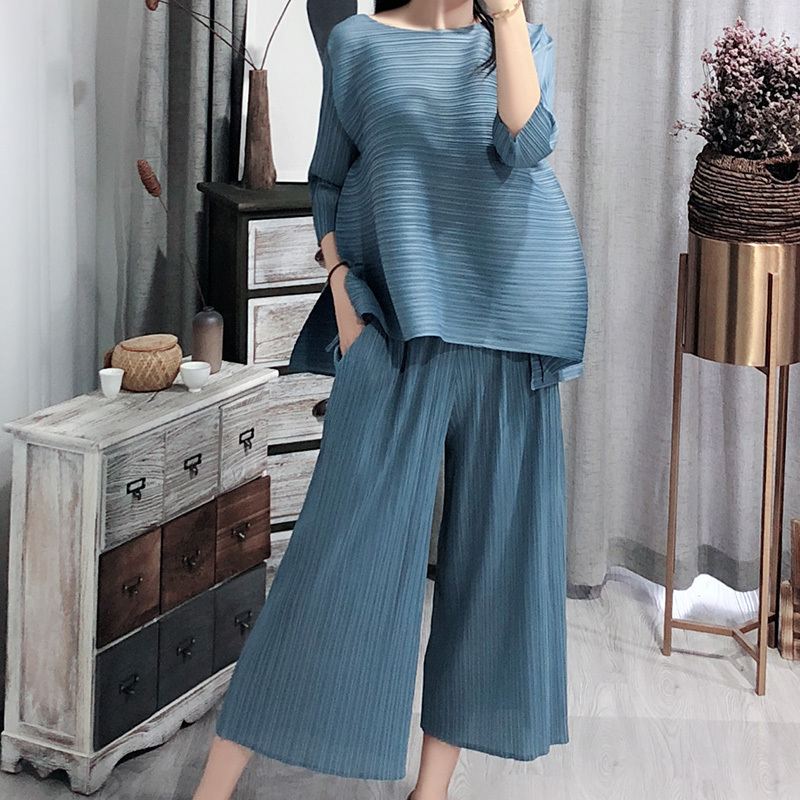 LANMREM Pleated Two Pieces Pants Set For Women Elegant Vintage Round Neck Loose Tops + Calf-Length Wide Leg Pants 2020 New OA979