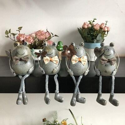 4 adet Retro-nostaljik yaratıcı ev kurbağa asılı ayak bebek ahşap süsler Kırsal bebek el sanatları Süsler