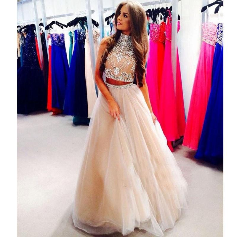 Платье для вечера с длинными рукавами