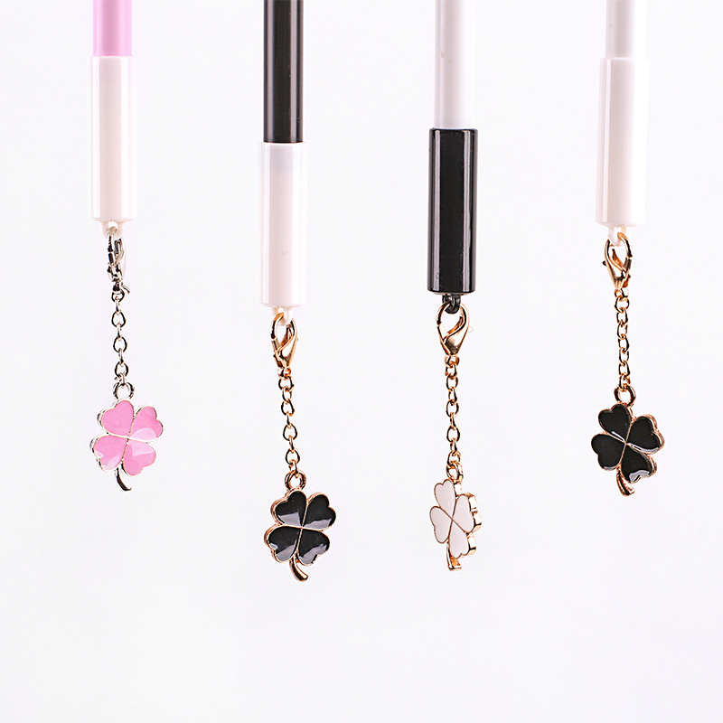 0 5mm Clover pendant Gel Ink Pen Marker Pen School Office stationery Supply Escolar Papelaria Student in Gel Pens from Office School Supplies
