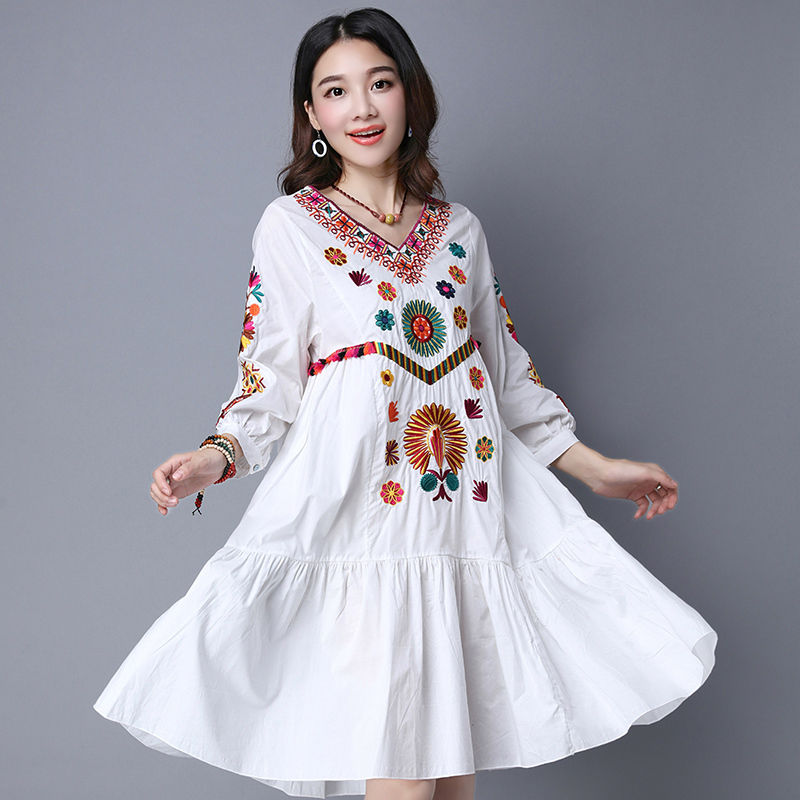 5428463c94f23 US $20.99  Hot Sale Vintage 70s Mexican Boho Hippie Floral Embroidered  Ethnic Loose White Long Chic Women Dress Free Shipping-in Dresses from  Women's ...