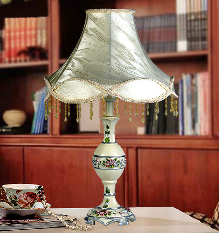 E27 Table Lamp Luxurious Ancient Garden European Style Bedside Lamps Living Room Decoration Free Shipping TL671