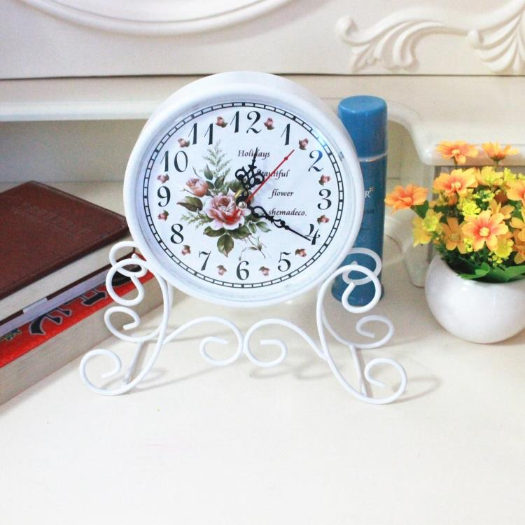 Watches Fashion Creative Desktop Watches Girls Boys Students Table Clock Decoration Ornaments Gifts
