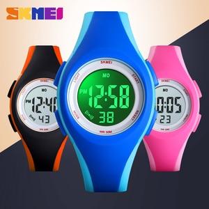 Image 3 - Skmei子供液晶電子デジタル腕時計スポーツ腕時計ストップウォッチ発光 5Bar防水子供腕時計女の子