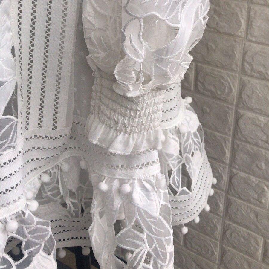 Marque de luxe 2018 haute qualité femmes blanc robe à manches longues Boho dentelle motif évider robe robes col en v dame Mini-robe - 6