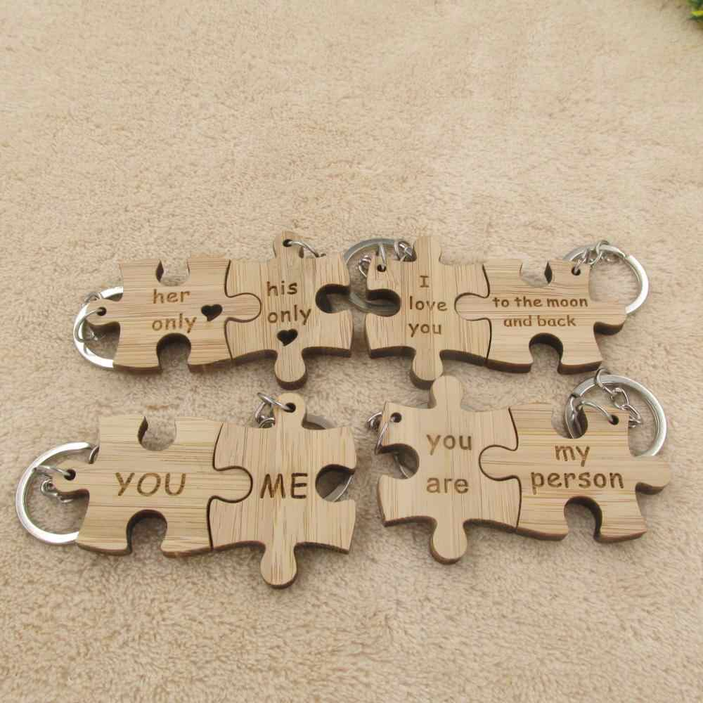 2pcs/set Wooden Puzzle Couple Keychain i love you to the moon and back Key Chain Ring Best Friends llaveros