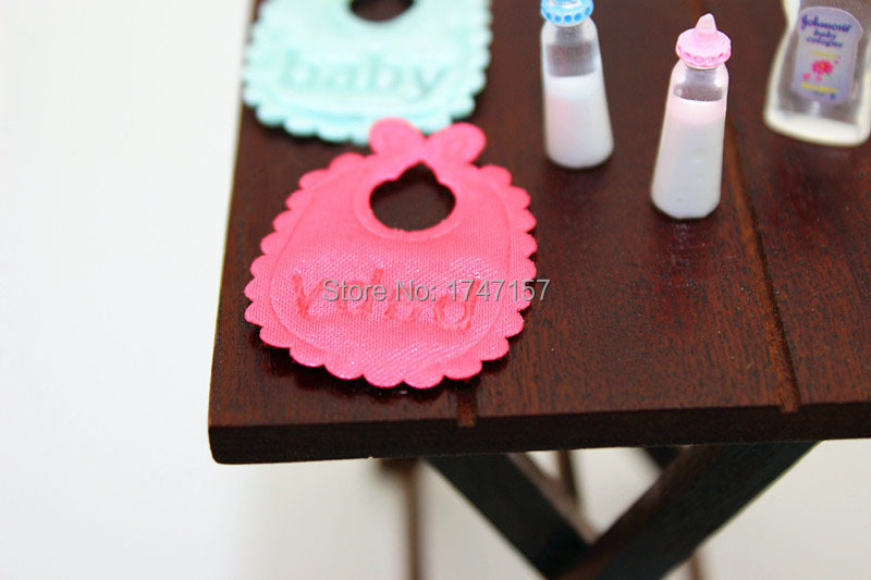miniature dollhouse accessories (4)
