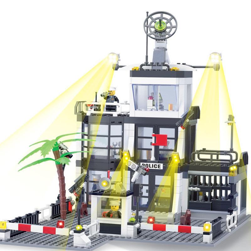 KAZI-Police-Station-Building-Blocks-Car-Styling-Building-Blocks-631-pcs-3D-Model-Blocks-Brinquedos-Playmobil