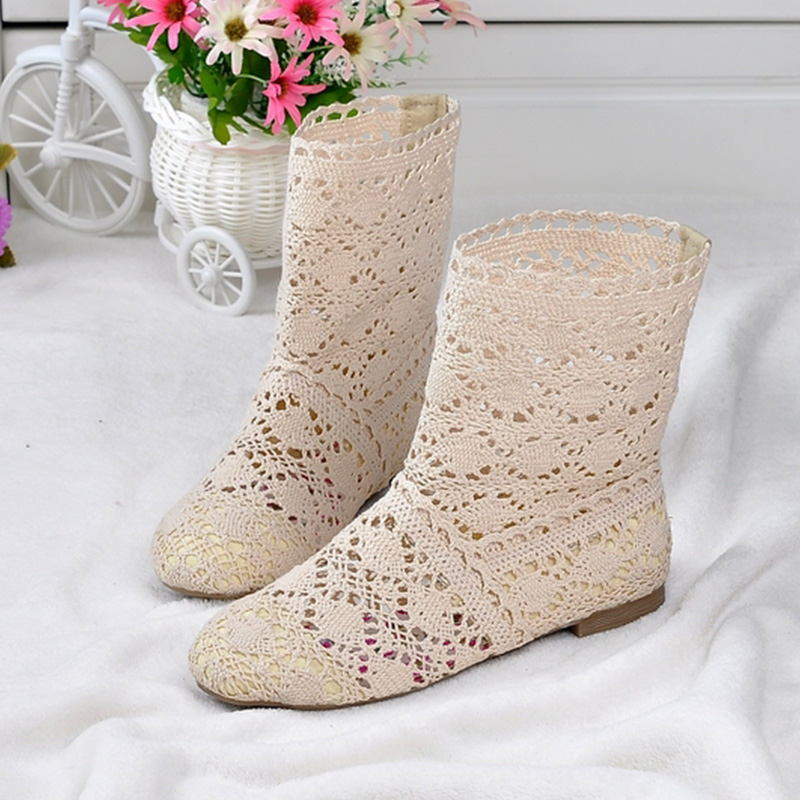 2019 Holes Summer Shoes Women Botas Fashion Women Sandals Flat Casual Shoes Ladies Summer Ankle Botas A13402019 Holes Summer Shoes Women Botas Fashion Women Sandals Flat Casual Shoes Ladies Summer Ankle Botas A1340