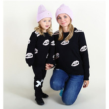 2017 New Autumn Winter Family Matching Clothes Girls Boys Mom Warm Sweaters Cotton Mother Daughter Son Cardigan Clothing Outfits