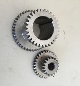 Image 2 - Frete grátis 18 pçs/set mini torno engrenagens, máquina de corte metal engrenagens, torno engrenagens