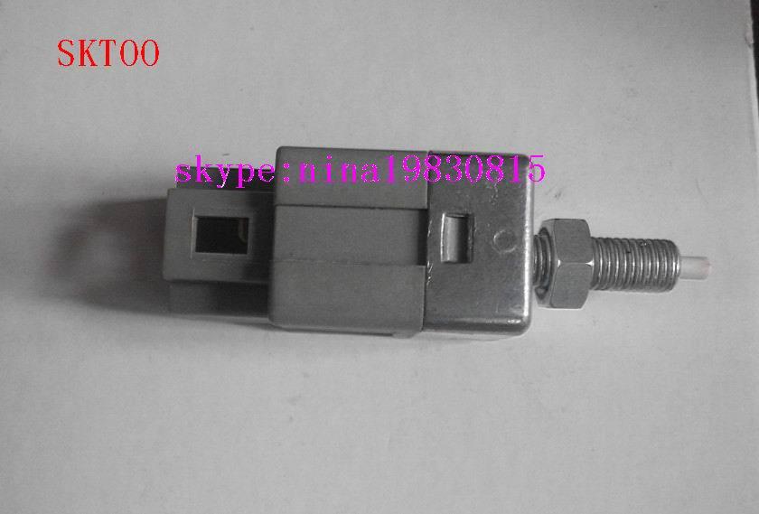 Haute qualité pour deawoo pièces interrupteur de lumière de frein 96289637 (2pin) 2013 nouveau