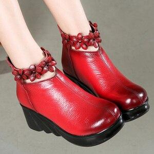 Image 3 - GKTINOO çizmeler kadın rahat sonbahar hakiki deri yarım çizmeler kadınlar için yumuşak takozlar platform ayakkabılar bayanlar