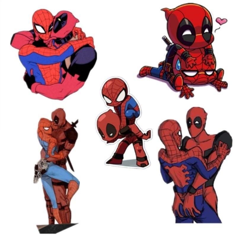 Iron Man Deadpool Spiderman Brooch Superhero Badges Wonder Woman Superman Batman Acrylic Brooches With Pin Harley Quinn Badge