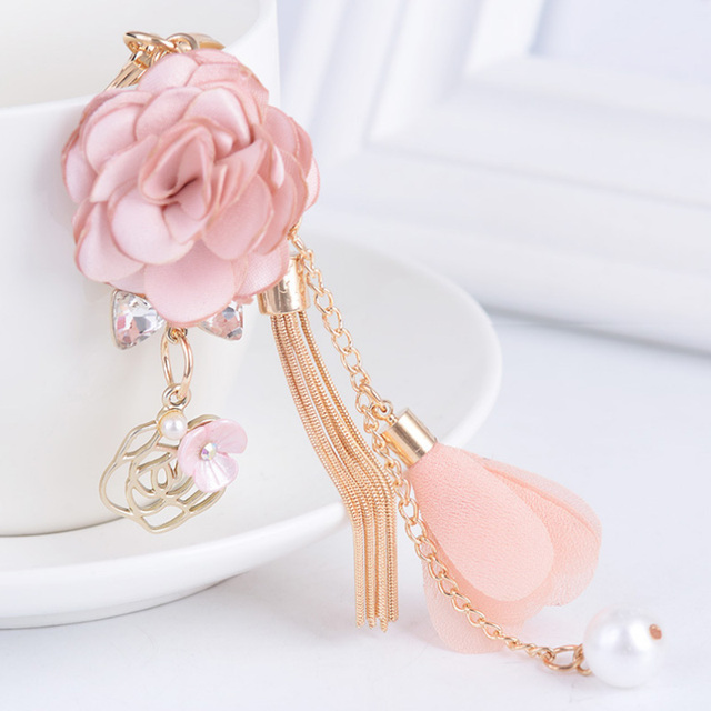 2017 New Rose Flowers Keychain Key Chain Gold Color Crystal Bow Chain Tassel Key Ring Porte Clef Bag Charm Pendant Jewelry Gifts