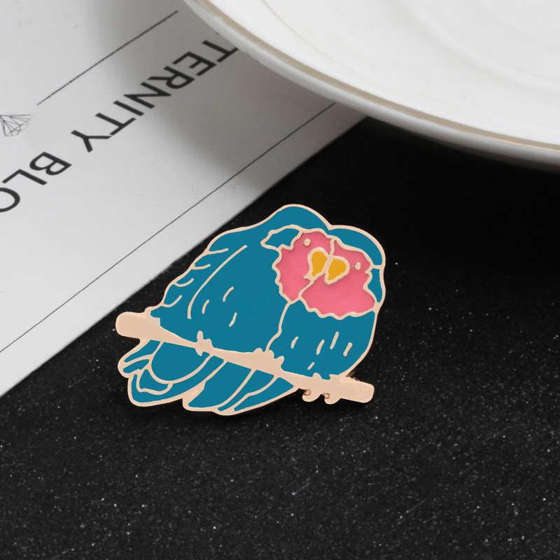 Novos Animais Bonitos Dos Desenhos Animados Pinos Esmalte Aves Abelha Broche de Montanha para As Mulheres Denim Jaquetas Emblemas de Lapela Pin Mochila Moda Jóias