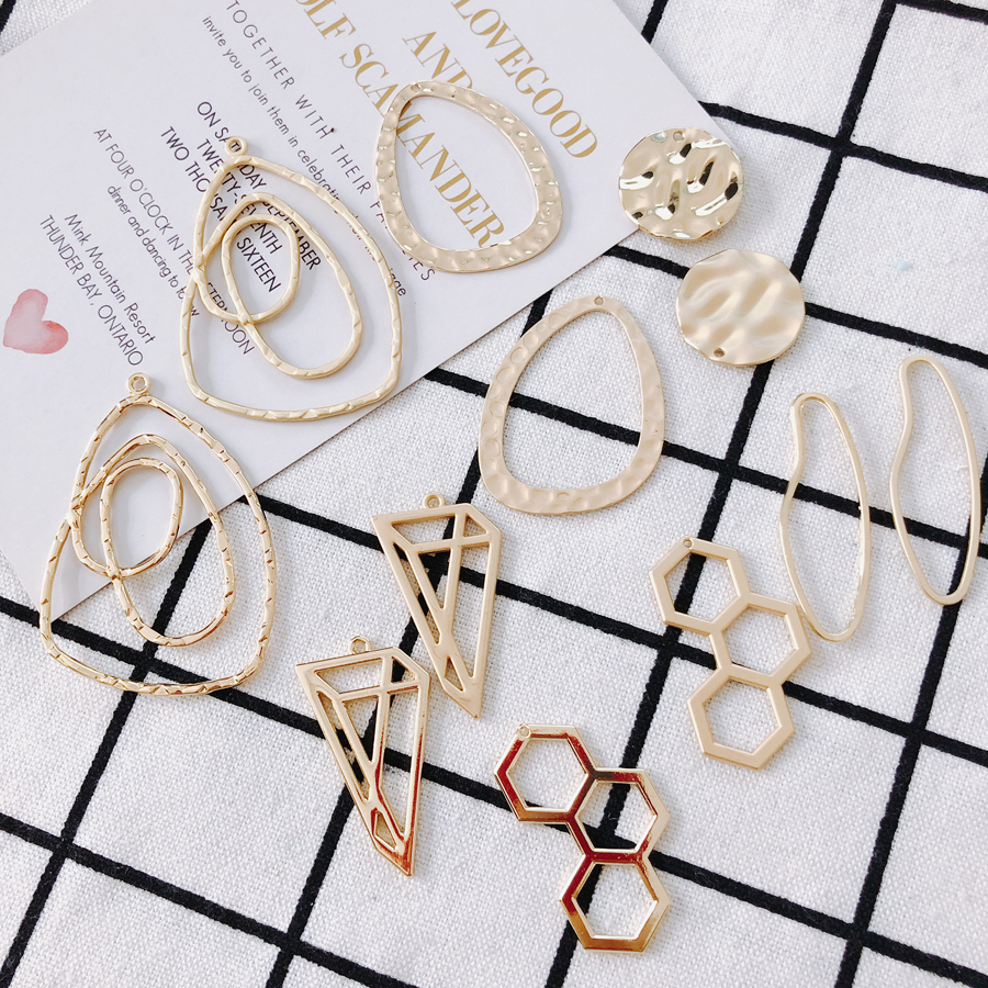 Asian gold series DIY material earrings jewelry accessories pendant alloy irregular abstract geometric shape 6 pieces in Jewelry Findings Components from Jewelry Accessories