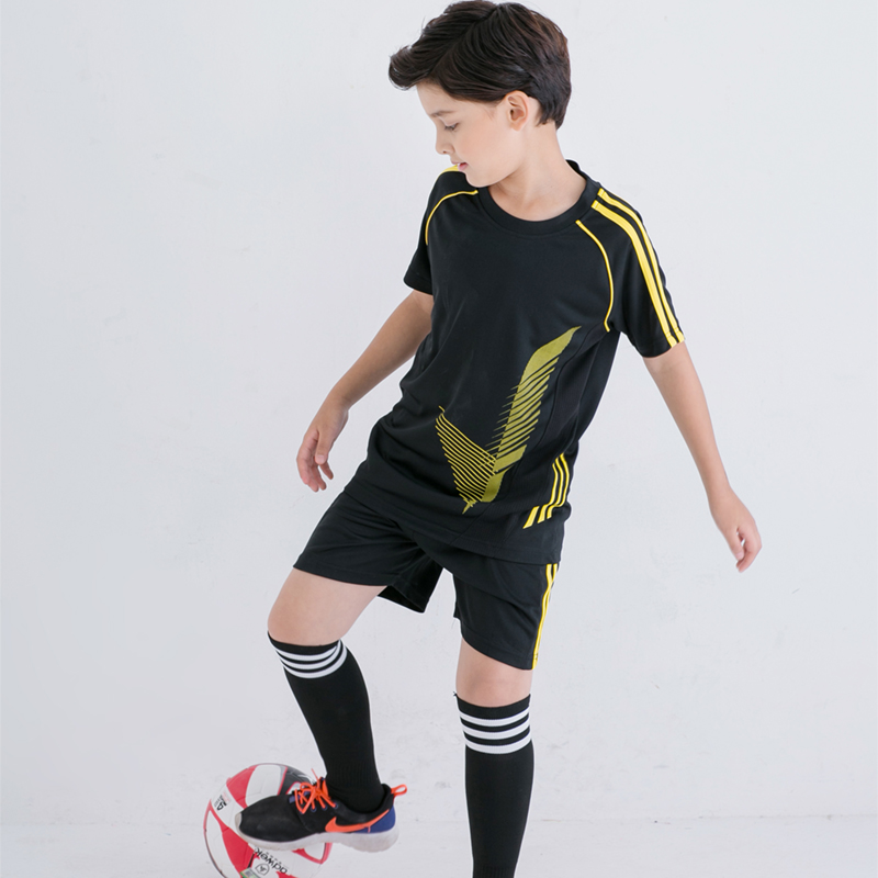 e4a3bff6994 custom soccer jersey kids football jersey 2017 2018 for children clothing  set short sleeve boy clothes set summer tracksuit.-in Clothing Sets from  Mother ...
