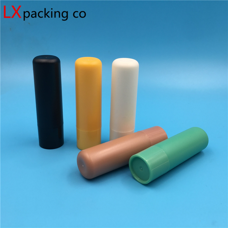 Free Shipping 4g Plastic Lipstick tube Empty packing bottle Lip Balm Cosmetic Containers Direct Filling Lipstick