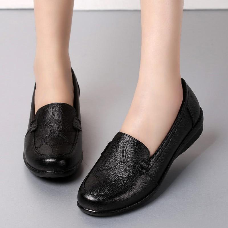 Souples Chaussures Printemps Confortable Femmes Antidérapant Vieilles Mère Décontracté À Simples Black Cuir Semelles Noir En Plates Zzpohe YDH92IWE