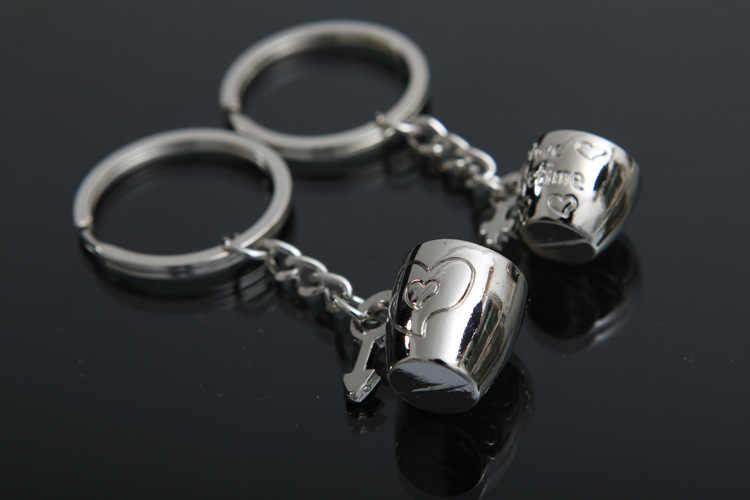 Bonito dos desenhos animados chaveiro amor uns aos outros para sempre copos pingentes chaveiro saco do amante charme acessórios novo titular da chave do carro k1698