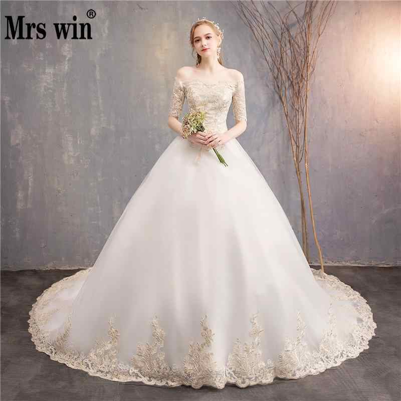 Princess Colorful Wedding Dress 2018 New Mrs Win Half Sleeve Boat Neck  Chapel Train Off The 11d33f8aa212