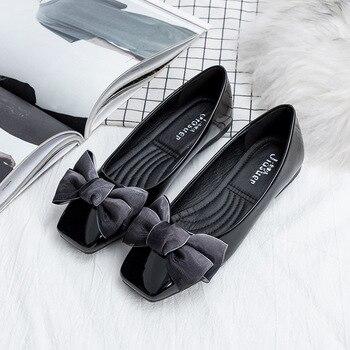 2018 Slip on Patent leather women flat European Spring/Autumn casual adult women shoes butterfly-knot beautiful shoes woman grande bolsas femininas de couro