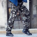 Foto Real Outwear Mens Pantalones de Camuflaje de La Manera Multi Bolsillos Pantalones Militar Del Ejército Camo Cargo Holgados Joggers Pantalones ropa de Hombre