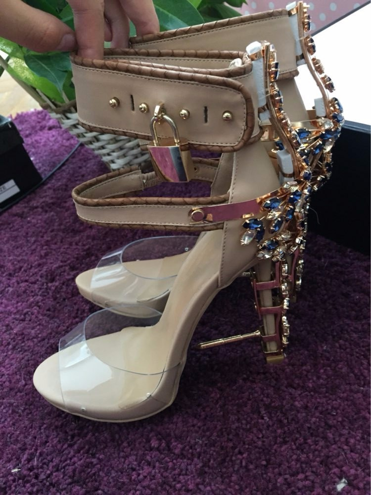 Hot Sale Luxury Brand Rhinestone High Heels Sandals Ankle Wrap Women Clear Sandals Boots Peep Toe Crystal Lady Lock Design Shoes