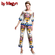 by Megyn 2017 Spring Summer Womens Twinset Short Sleeve Floral Print Tank Tops + Calf Length Pants Suit Women Twinset DG2058