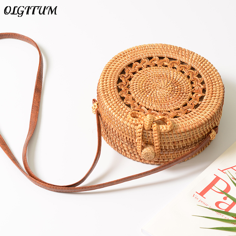 Fashion 2018 Bali Circle Rattan Bags For Women Handmade Straw Circle Beach Bag Hollow Out Messenger Bag Summer Bow Hasp Handbags chic golden hollow rounded rectangle hasp bracelet for women