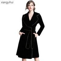 2018 New Winter Vintage Gold Velvet Trench Coat Women Long Sleeve Turn Down Collar Dress Coat