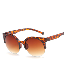 6bfa94d9529590 fashion Sunglasses Women 2018 new Brand Designer vintage cat eye leopard ladies  quay sun glasses oculos