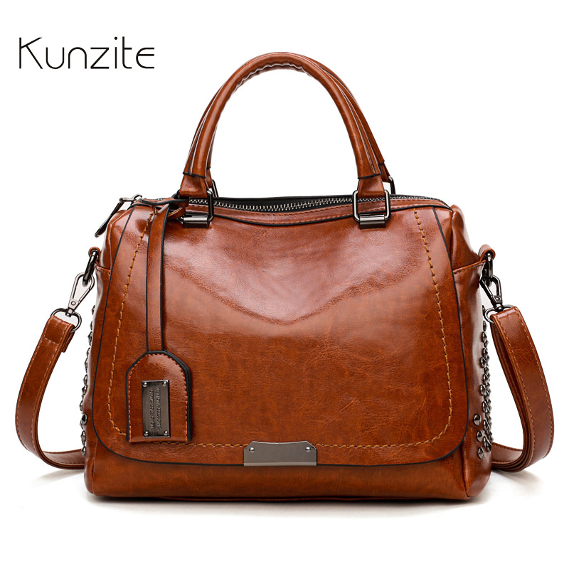 Oil Wax Leather Bags for Women 2018 Luxury Handbags Women Famous Brand Rivet Messenger Shoulder Bags