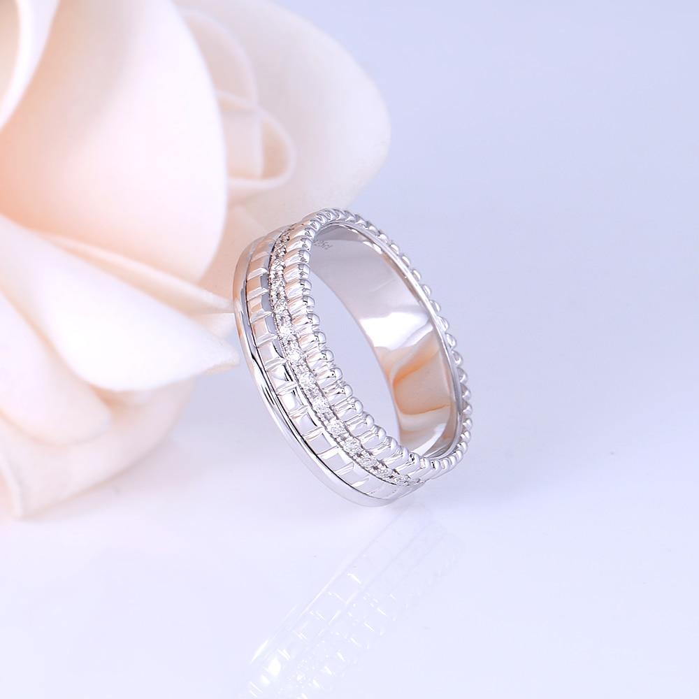 Transgems 18K สีขาวทอง 1.2 มม.F สี Moissanite งานแต่งงานสำหรับผู้หญิงวงกว้าง 6 มม.เครื่องประดับครบรอบของขวัญ-ใน ห่วง จาก อัญมณีและเครื่องประดับ บน   2