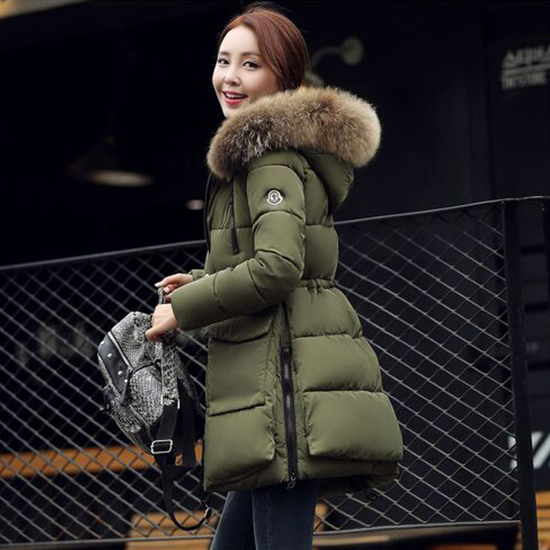 купить Large Real Natural Raccoon Fur 2017 New Fashion Brand Parka Women Winter Coat Jacket Warm Parka High Quality Winter Jacket Women недорого