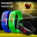 Venta caliente 2016 Nueva Moda de Múltiples funciones Magnética LED Táctil Reloj de Pulsera Pulseras Deportivas 13 COLOR Mejor Juventud Estudiantil regalo