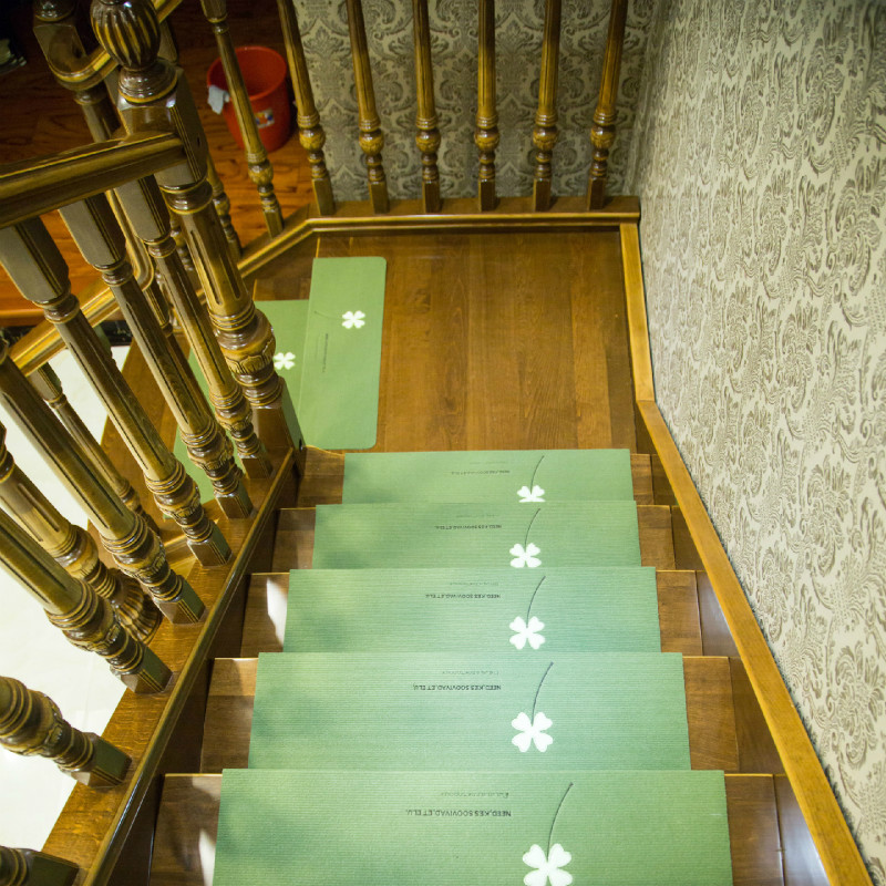 Dedicated to stair pedal pad staircase sticker carpet glue free self-adhesive PVC anti-skid pad repeated washing