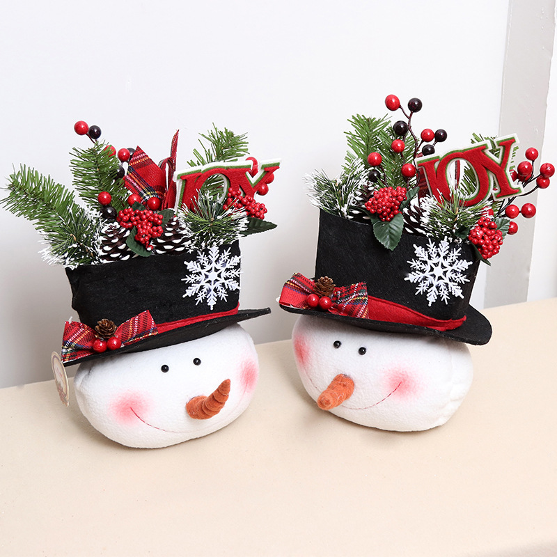 Christmas Decorations In Shopping Malls: Christmas Decorations Snowman Big Head Doll Doll Doll