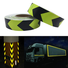 цены 5CM x 50M Fluorescent yellow arrow PET Reflective Tape Reflective Safety Warning Tape for car